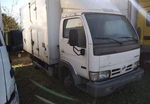 NISSAN CAPSTAR box truck < 3.5t