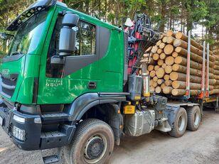 IVECO TRAKKER timber truck